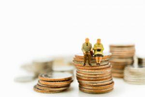 Okres kredytowania a wiek kredytobiorcow